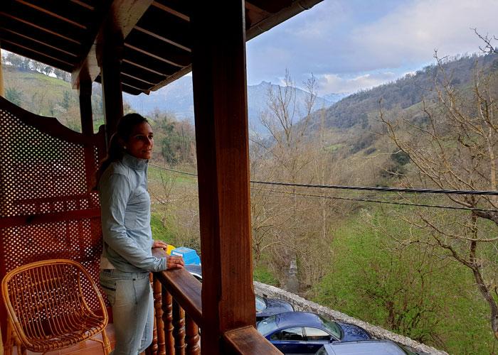 Desde el balcón de nuestra habitación en la posada Peñas Arriba