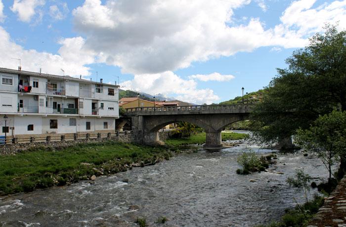 Río Jerte a su paso por Navaconcejo