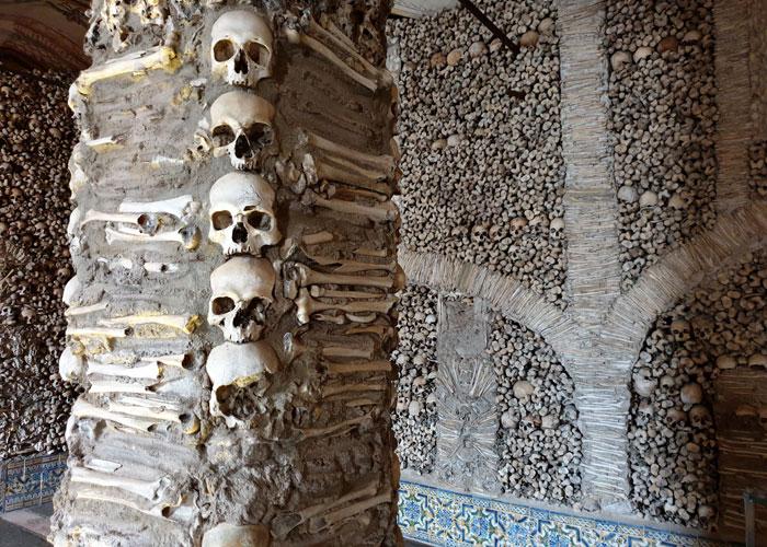 Capillas de los Huesos de Évora