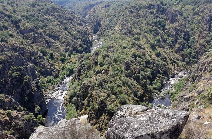 Meandro que forma el río Huebra