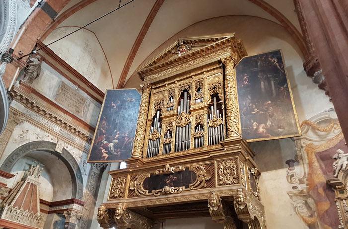 Órgano de la catedral de Verona