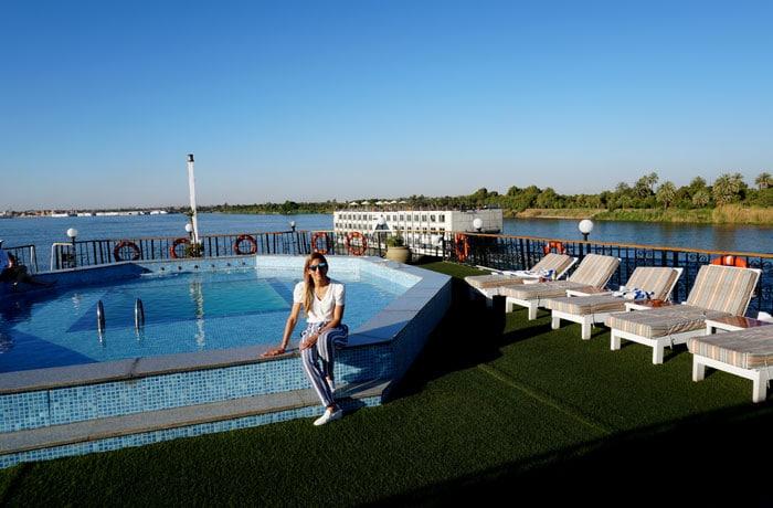 La piscina de nuestro crucero por el Nilo
