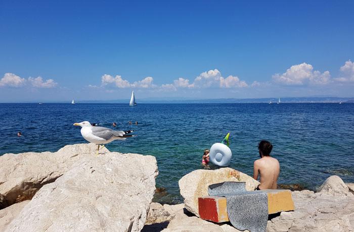 Zona de baño junto al paseo marítimo qué ver en Piran