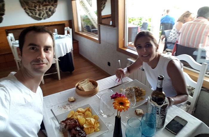 Comida en el restaurante Cinta D'Ouro de Freixo de Espada a Cinta