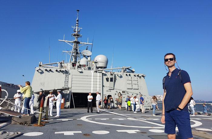En la fragata Álvaro de Bazán en el puerto de Santander