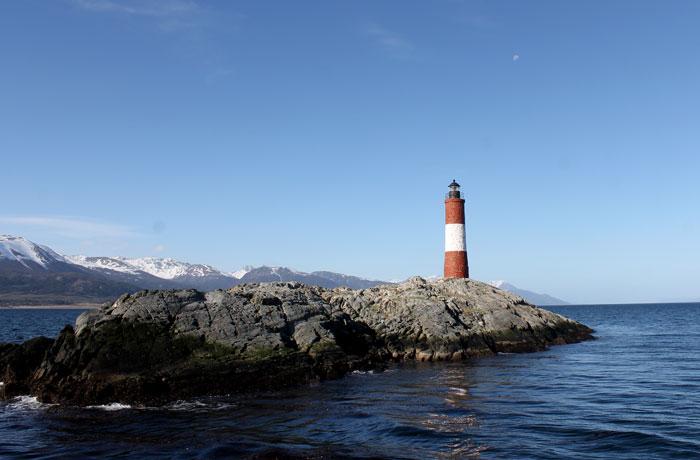 Faro Les Éclaireurs en el canal Beagle que hacer en Ushuaia