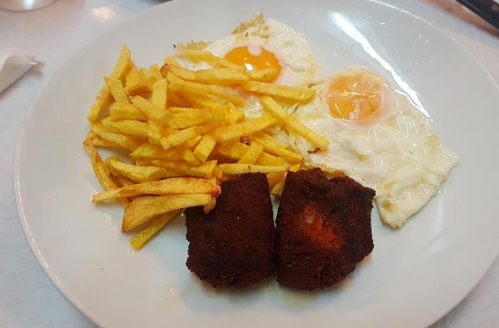 Huevos con farinato en El Sanatorio