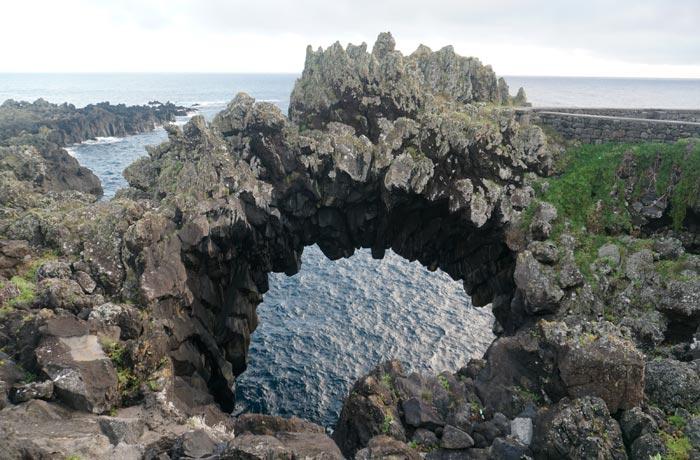 Arco Natural de Velas Sao Jorge Azores