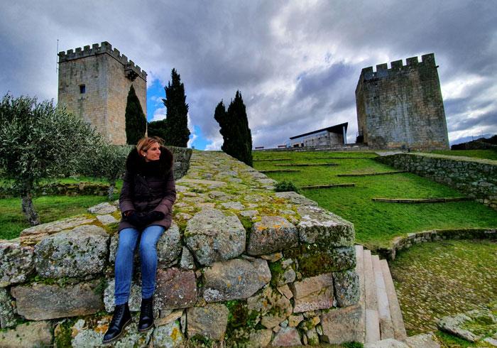 Las dos torres que quedan en pie del castillo de Pinhel