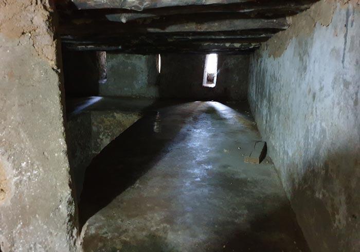 Celda donde se hacinaban los esclavos en los bajos de la Catedral Anglicana de Stone Town