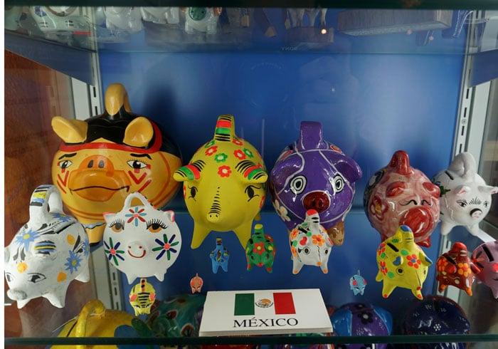 Figuras mexicanas en el Museo del Cerdo