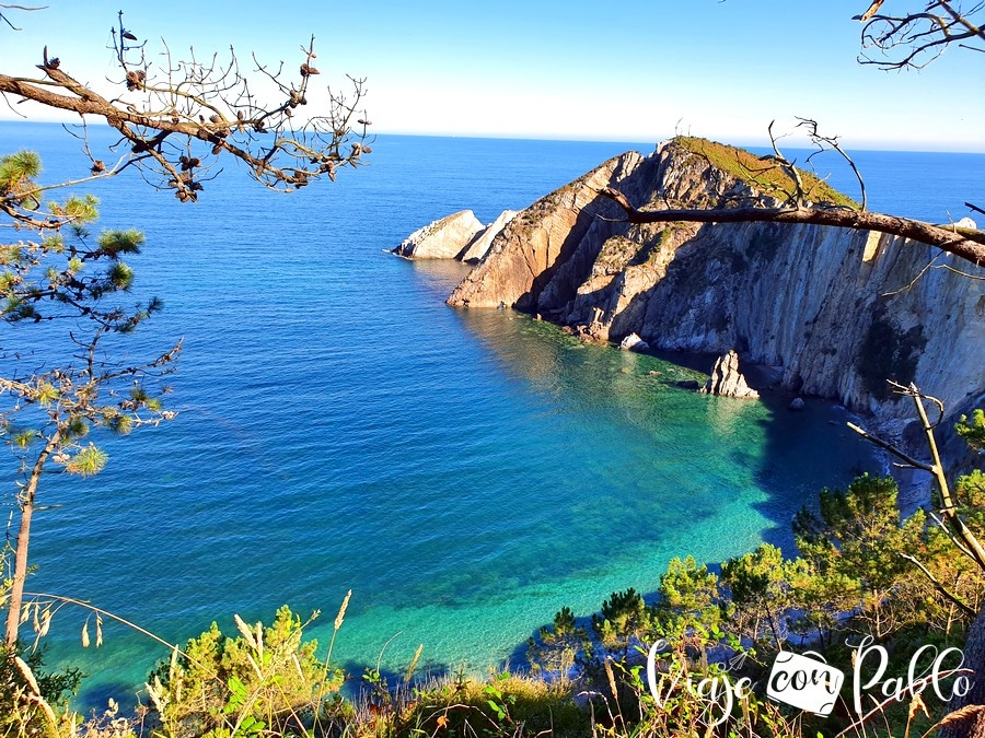 Punta Nocedal, el acantilado que protege a la playa