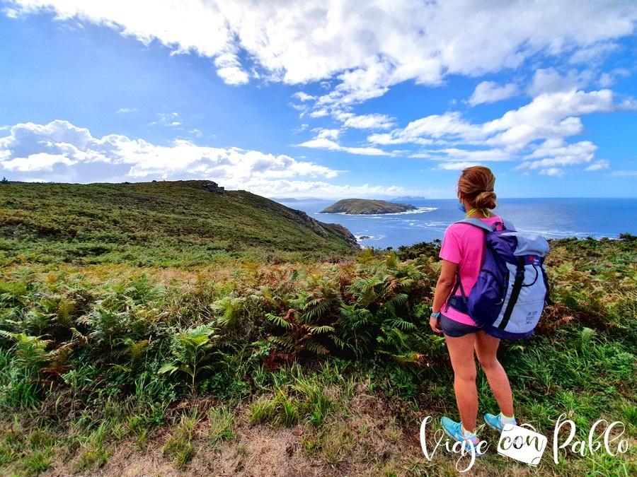 Vista del sur de la isla de Ons