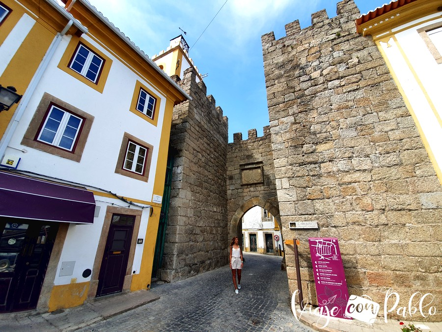 Puerta de la Villa de Nisa