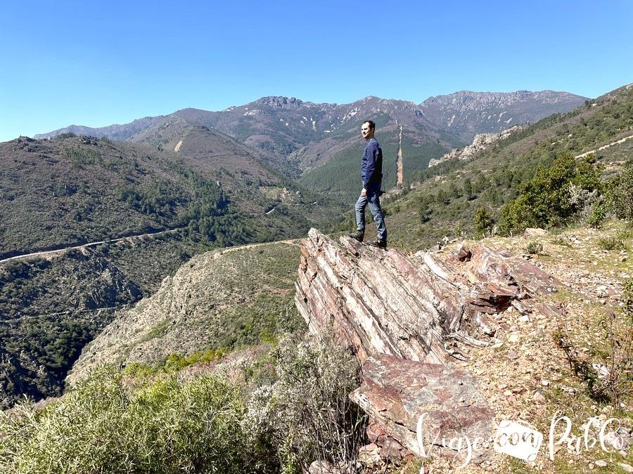 Paisaje desde el sendero de regreso a Herguijuela de la Sierra