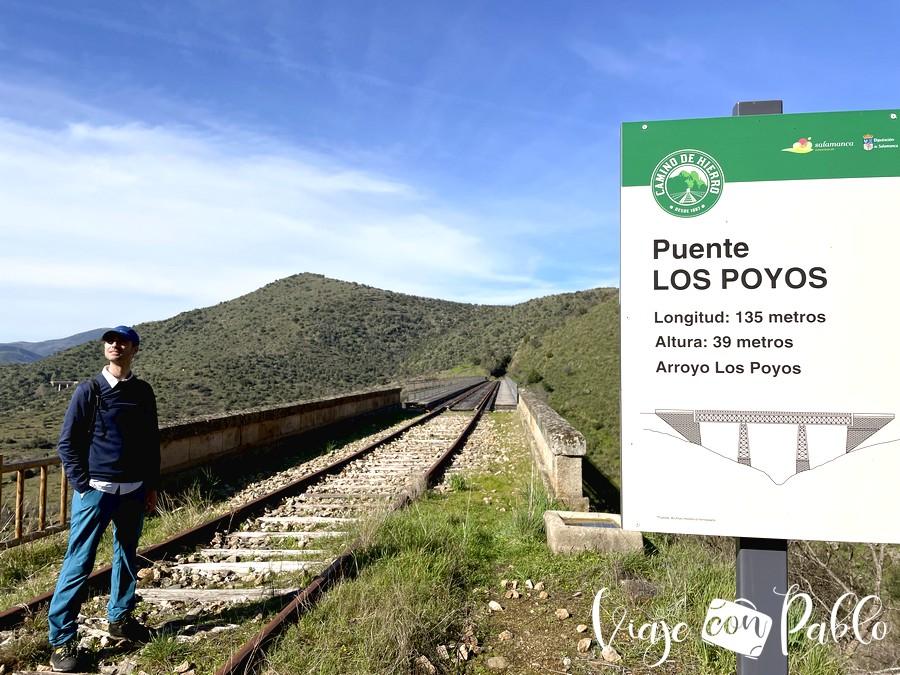 A punto de iniciar el paso por el puente de Los Poyos
