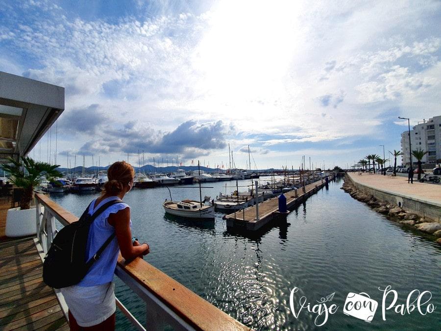 Entrada del restaurante Es Nàutic de Ibiza